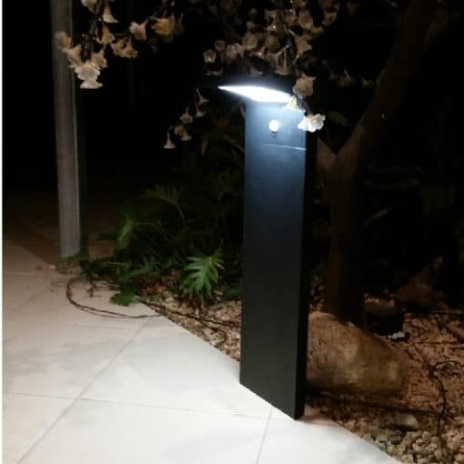 Buy the bright Mossman30 solar path lights online today. BlackFrog Solar are a leading supplier of quality solar bollard lights suitable for private and public spaces.