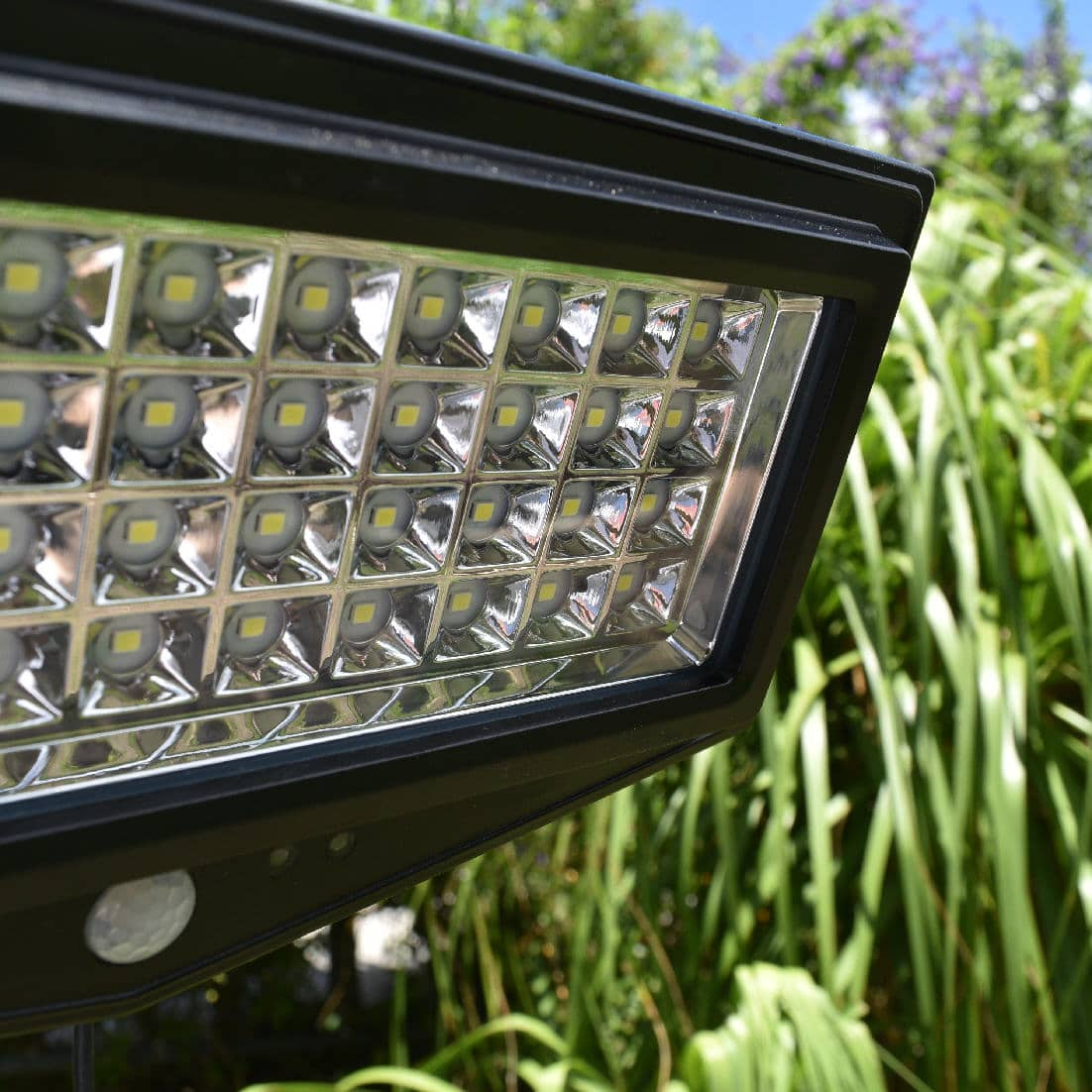 Buy quality solar LED flood lights online today. BlackFrog Solar are specialists in solar lighting and solar flood lights.