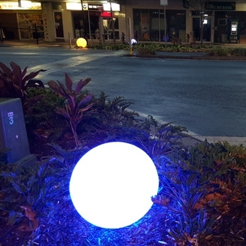Buy high quality outdoor solar ball lights online today. BlackFrog Solar supply high quality outdoor solar lights for residential and commercial applications