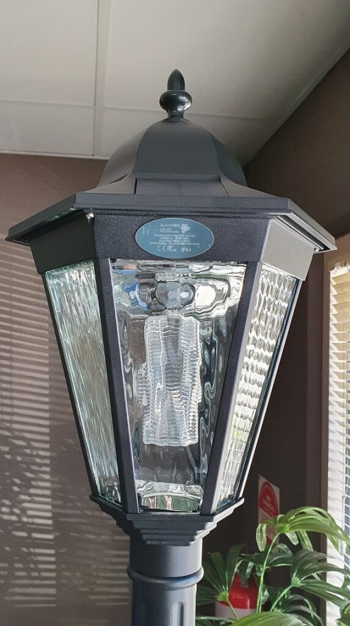 Simpson Solar Post Lamp feature image